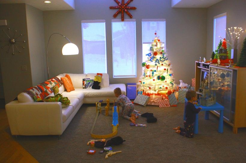 living-room-cmas
